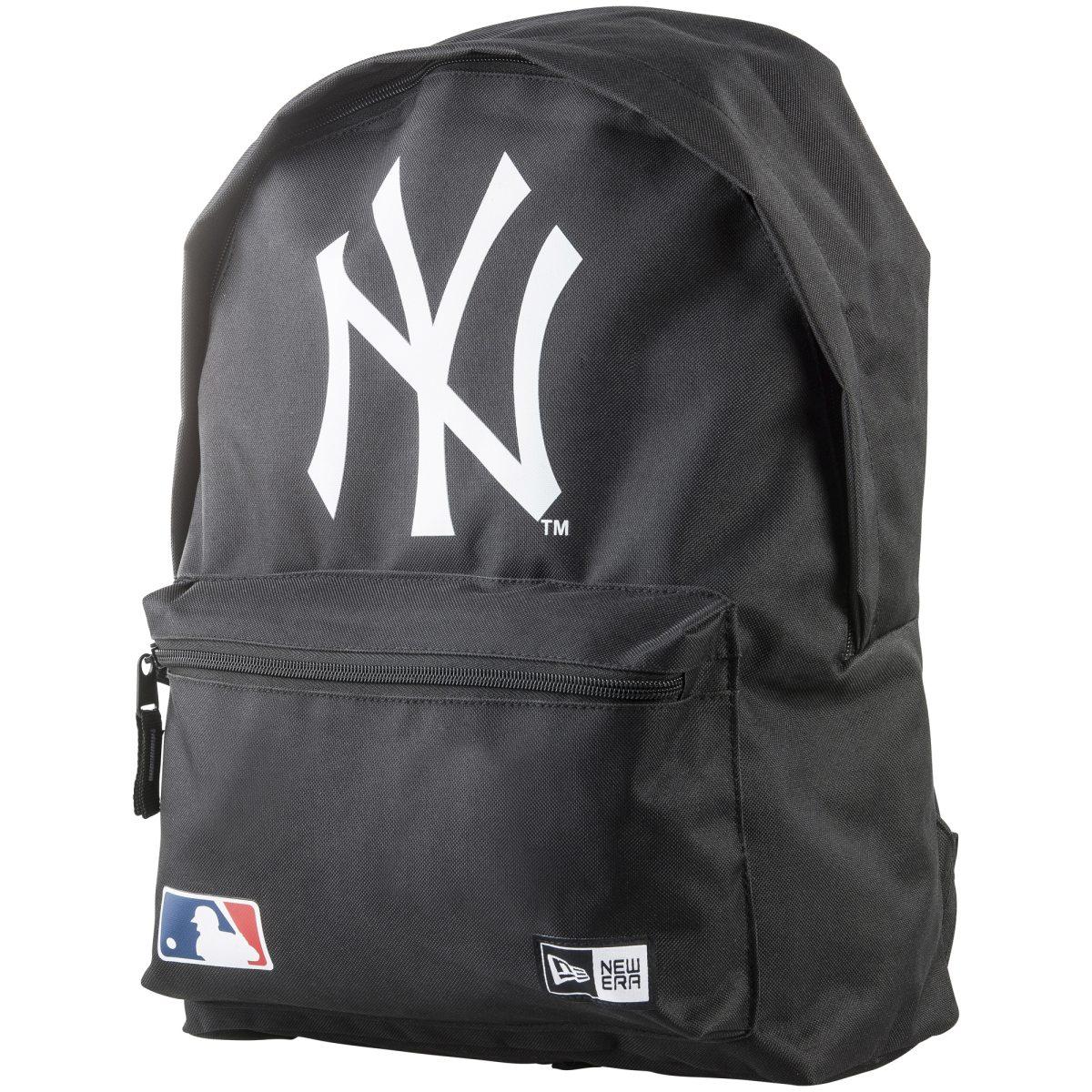 york yankees ryggsäck camouflage finns på .